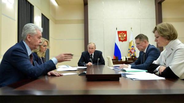 俄罗斯试管婴儿计划推迟